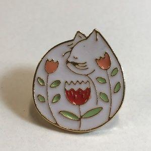Jewelry - White Cat in a Flower Garden Enamel Gold Tone Pin